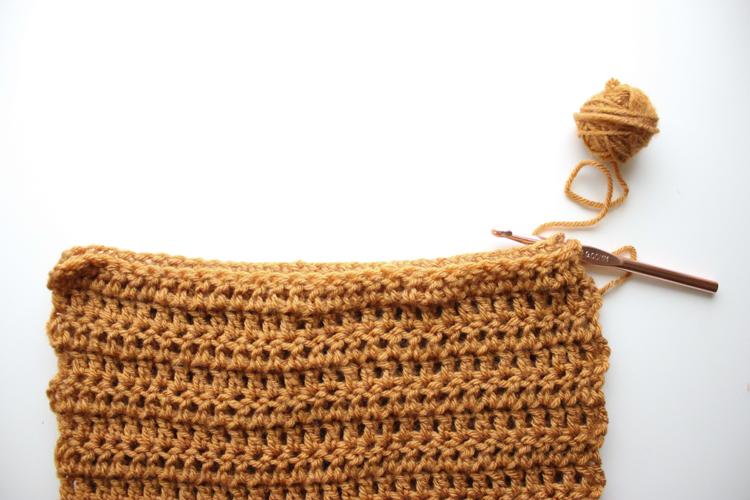 double crochet infinity scarf (9 of 49)