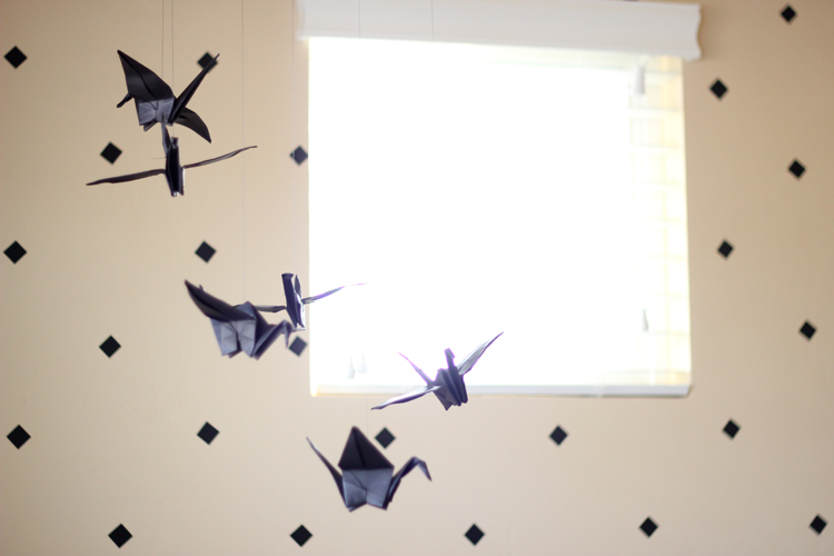 paper crane mobile (12 of 16)