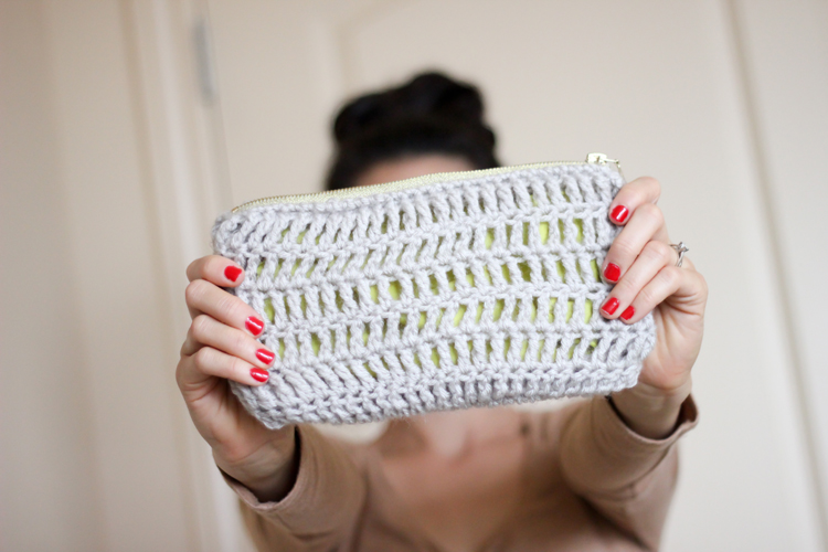 treble crochet zip pouch (36 of 50)