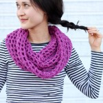 Mesh Cowl Scarf – FREE Crochet Pattern + Tutorial!