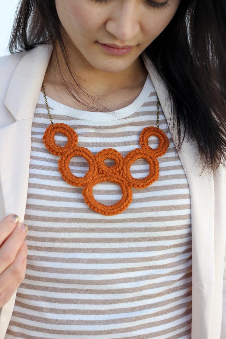 crochet bib necklace (14 of 16)