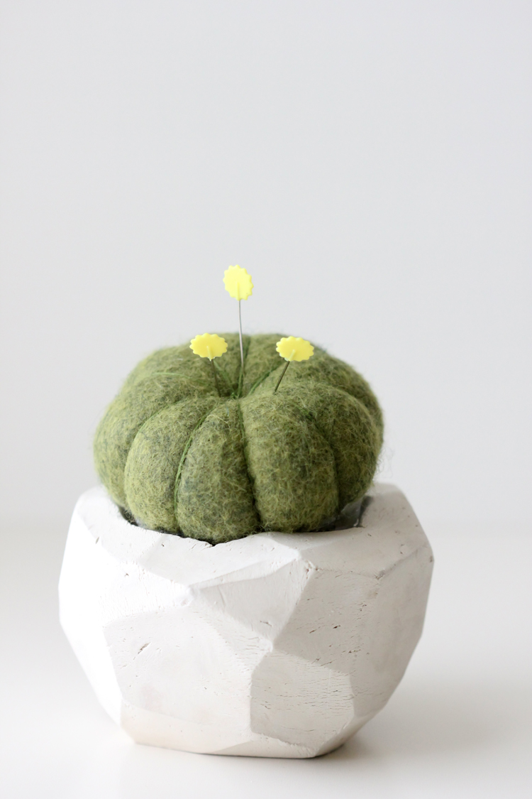 Geometric Cactus Pin Cushion TUTORIAL (11)
