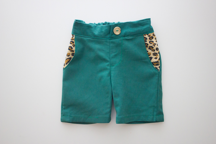 Little girl skater shorts/bermudas - Delia Creates