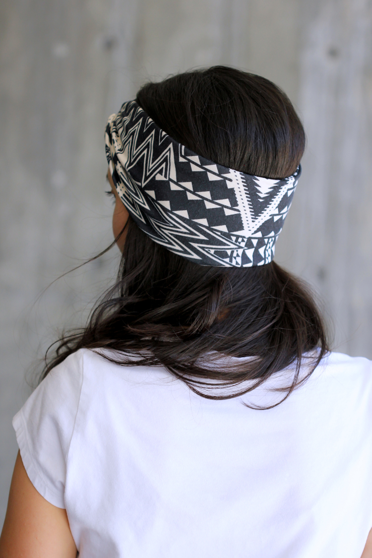 DIY Headwrap Band TUTORIAL - Delia Creates