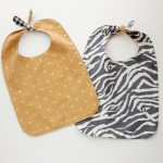 Knotted Pass Through Baby Bib – FREE PATTERN