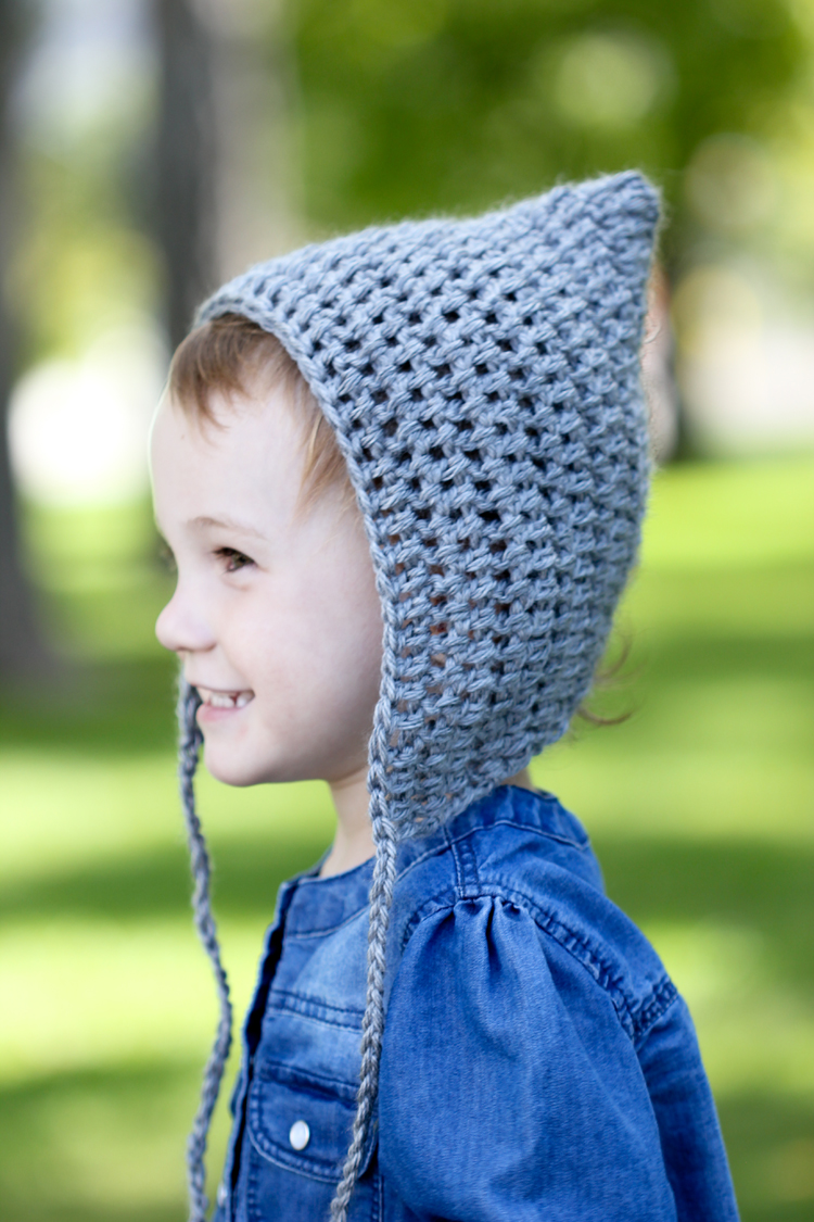Simple Crocheted Pointed Bonnet - Free Toddler Size Pattern! Great for  newbie beginners or for d7b0fcfbe53