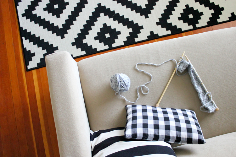 Learn to Knit - Craftsy class giveaway // Delia Creates