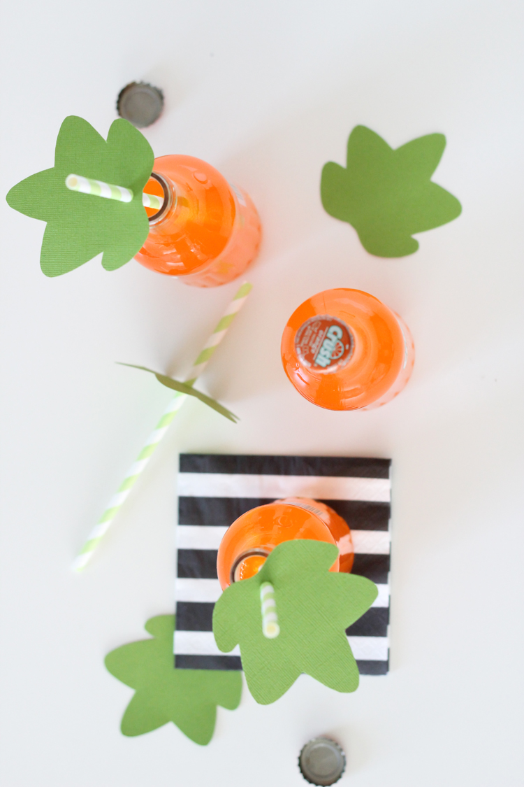 DIY Halloween Straw Toppers - Free Printables // Delia Creates