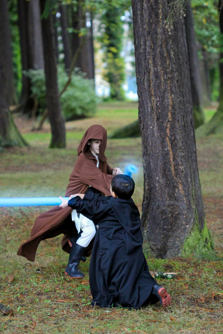 Star Wars Costumes...Obi-Wan and Anakin // Delia Creates