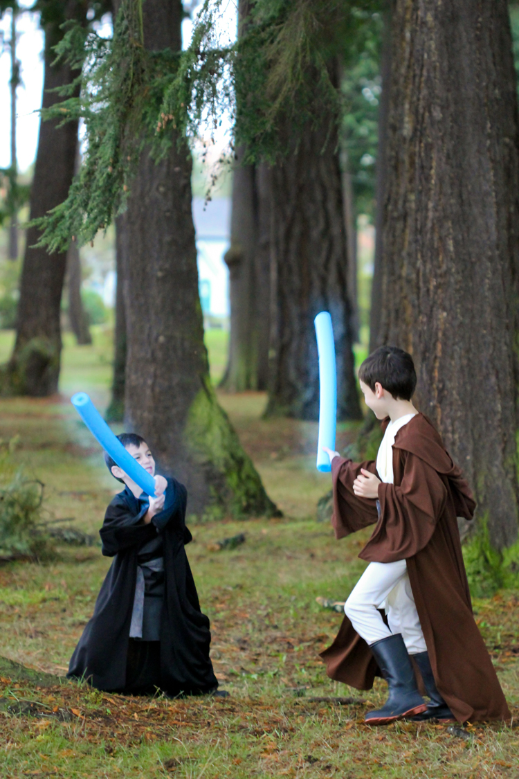 Star Wars Costumes...Obi-Wan and Anakin // Delia Creates