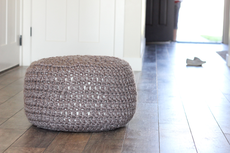 Crochet Bean Bag Tutorial : Crocheted Floor Cushions Free Pattern + Tutorial