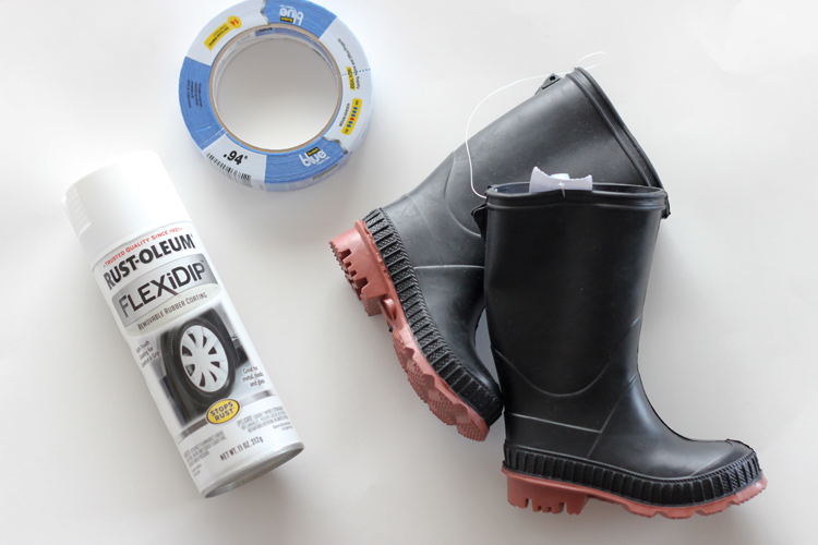 Spray painted rain boots // Delia Creates