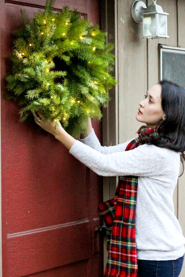 Basic Fresh Christmas Wreath Tutorial // Delia Creates