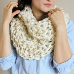 Chunky Crochet Infinity Scarf FREE PATTERN