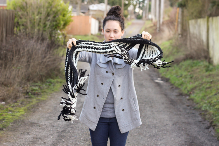 Striped Ribbed Fringe Scarf - Free Crochet Pattern // Delia Creates