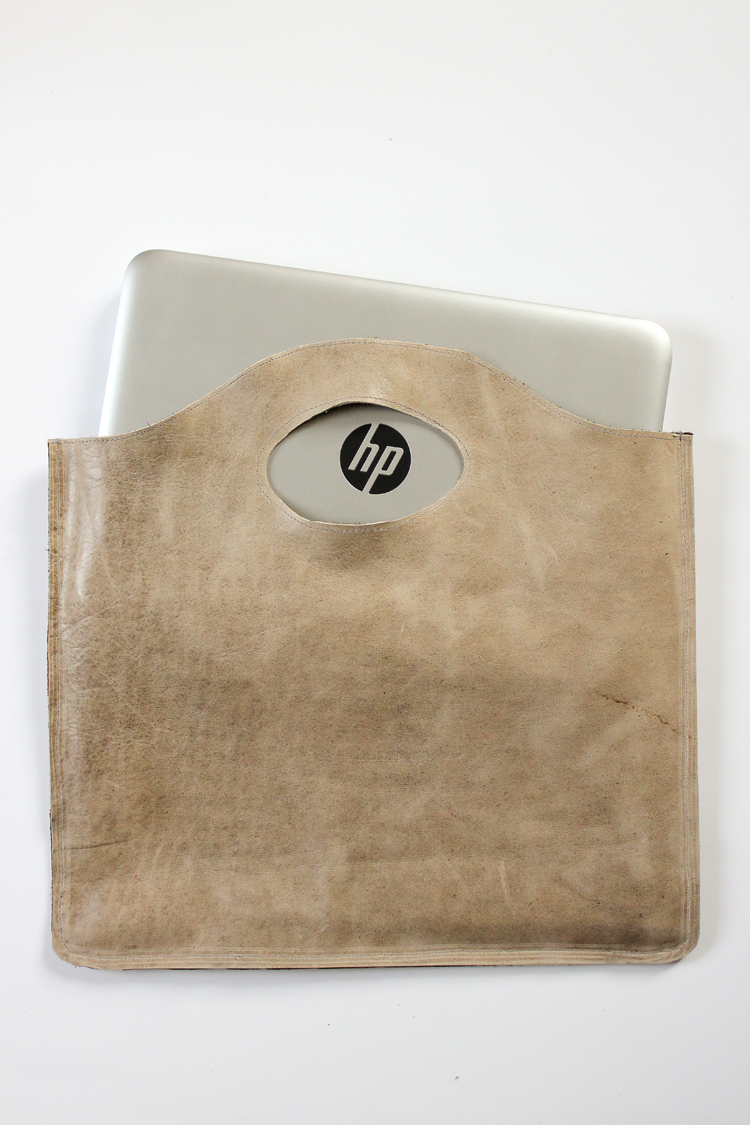 Easy four step leather tote tutorial via www.deliacreates.com