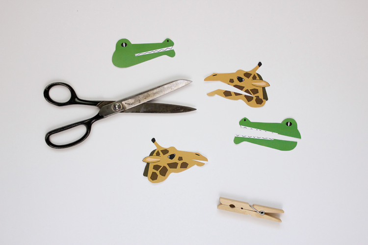 Clothespin Animal Puppets - free printable! // Delia Creates