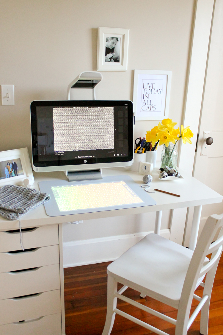 Crochet hook case TUTORIAL using my HP Sprout  // Delia Creates