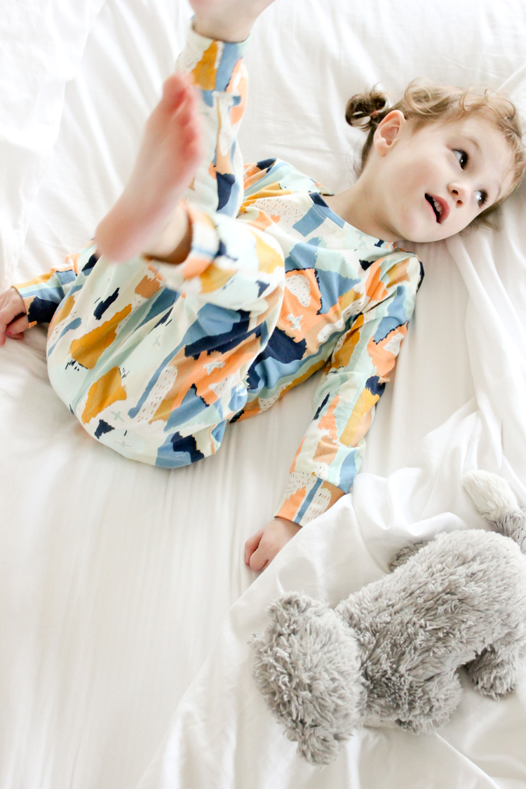 Modern Pajamas in AGF Bound knit fabric // Delia Creates