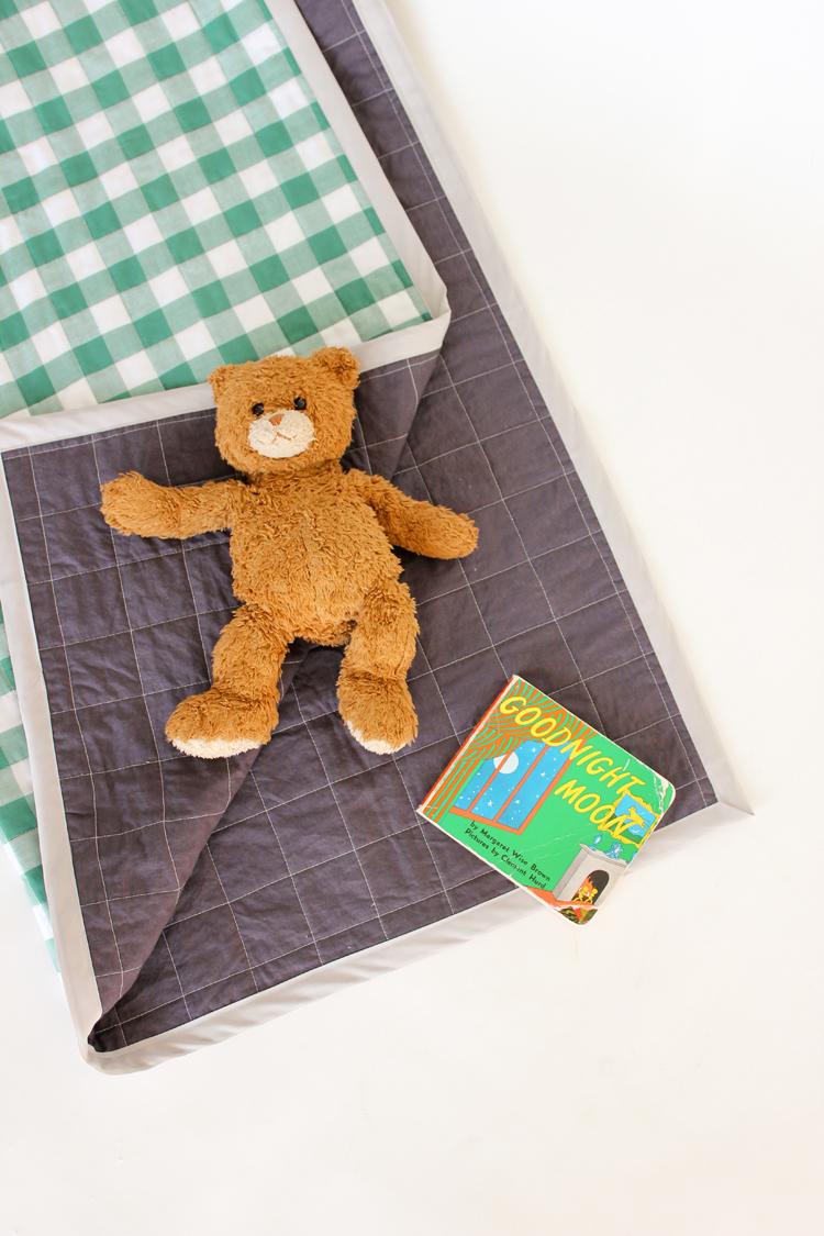 Gingham Baby Quilt TUTORIAL // Delia Creates
