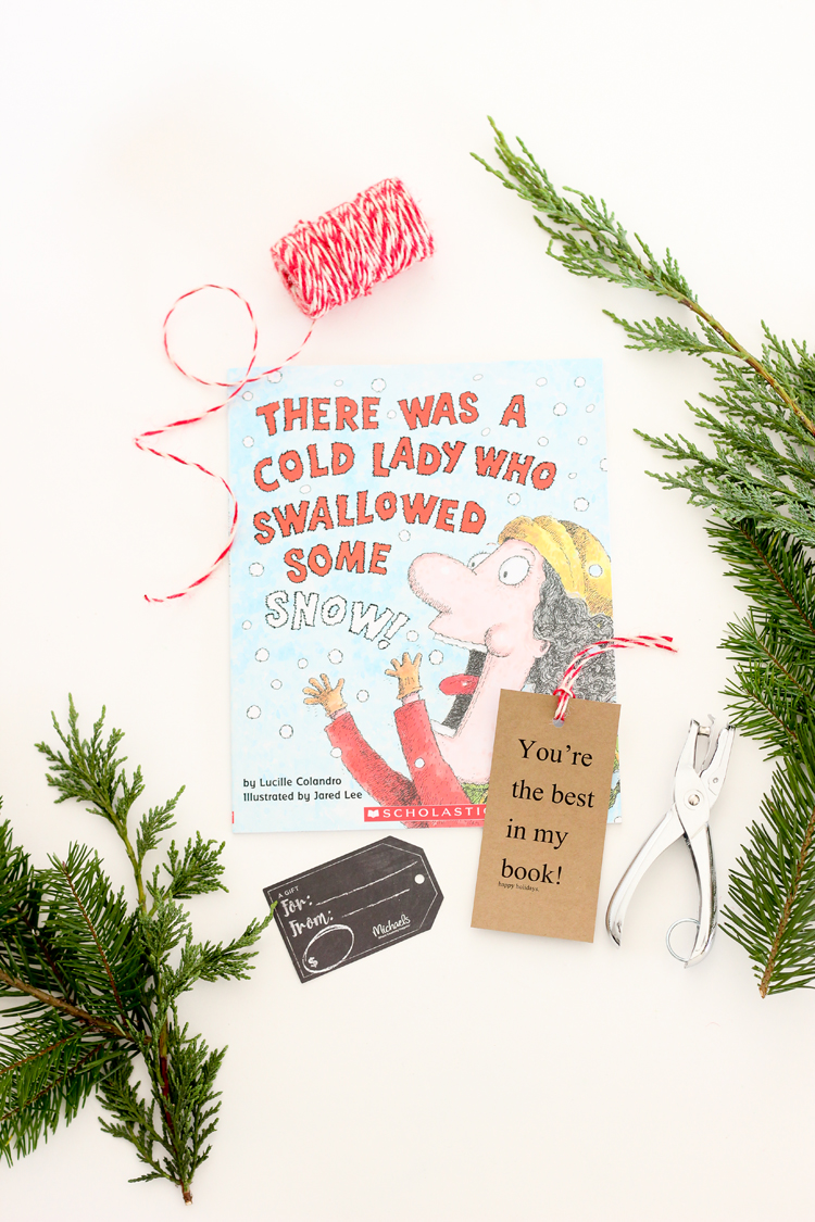Six simple ways to give a better gift card - give a class book // Delia Creates