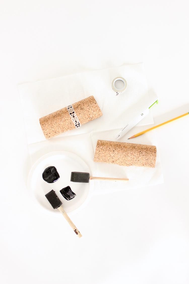 Painted cork glasses cases // Delia Creates