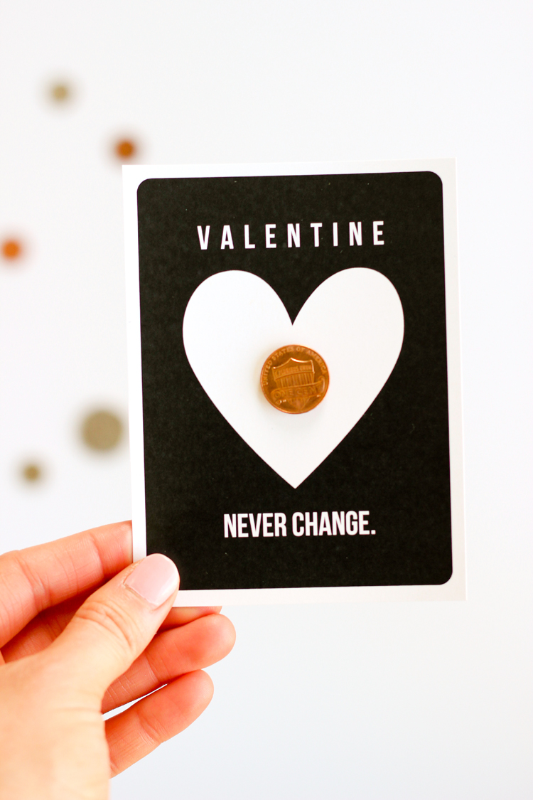 FREE PRINTABLE - Super easy non-food coin valentine - perfect for the classroom! // www.deliacreates.com