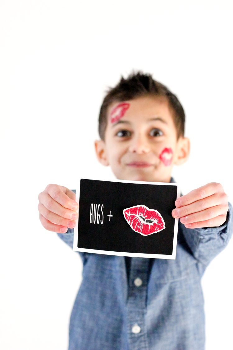 Hugs + Kisses Temporary Tattoo Valentine {with free printables!} // www.deliacreates.com