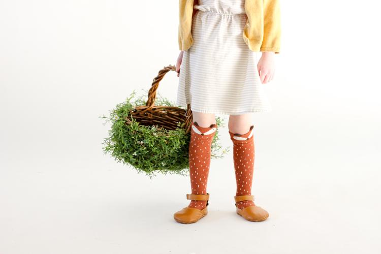 DIY Greenery Easter Basket // www.deliacreates.com