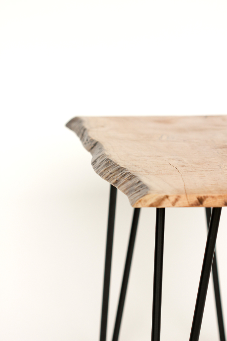 DIY Live Edge Wood Bench Tutorial // www.deliacreates.com