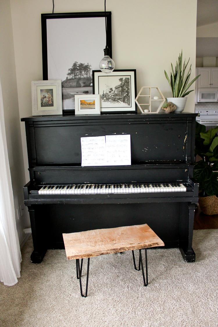 DIY Live Edge Wood Piano Bench Tutorial // www.deliacreates.com