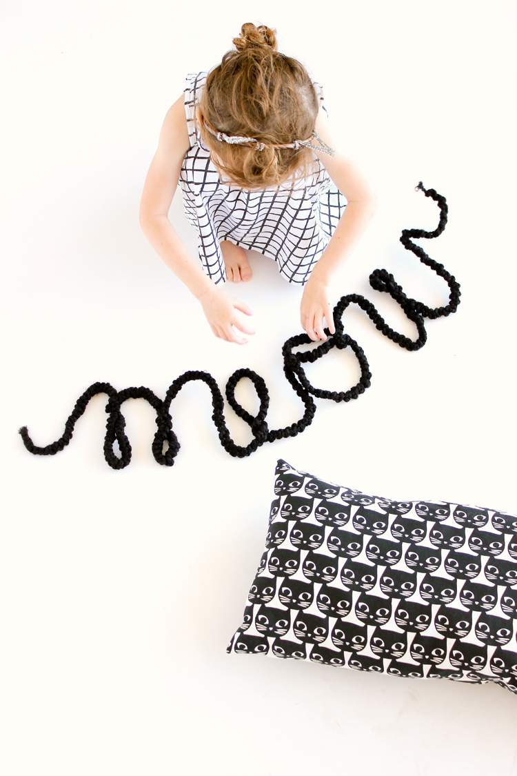 Crocheted Wire Letters // www.deliacreates.com