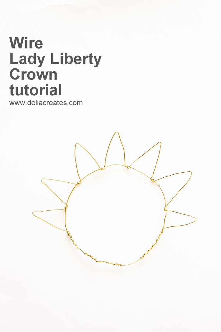 DIY Lady Liberty Crown Tutorial // www.deliacreates.com