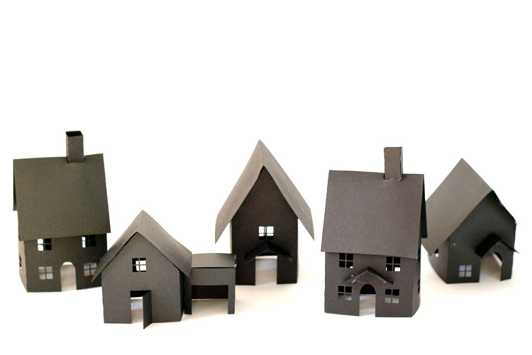 DIY Paper Halloween Houses - free templates + cut files! // www.deliacreates.com