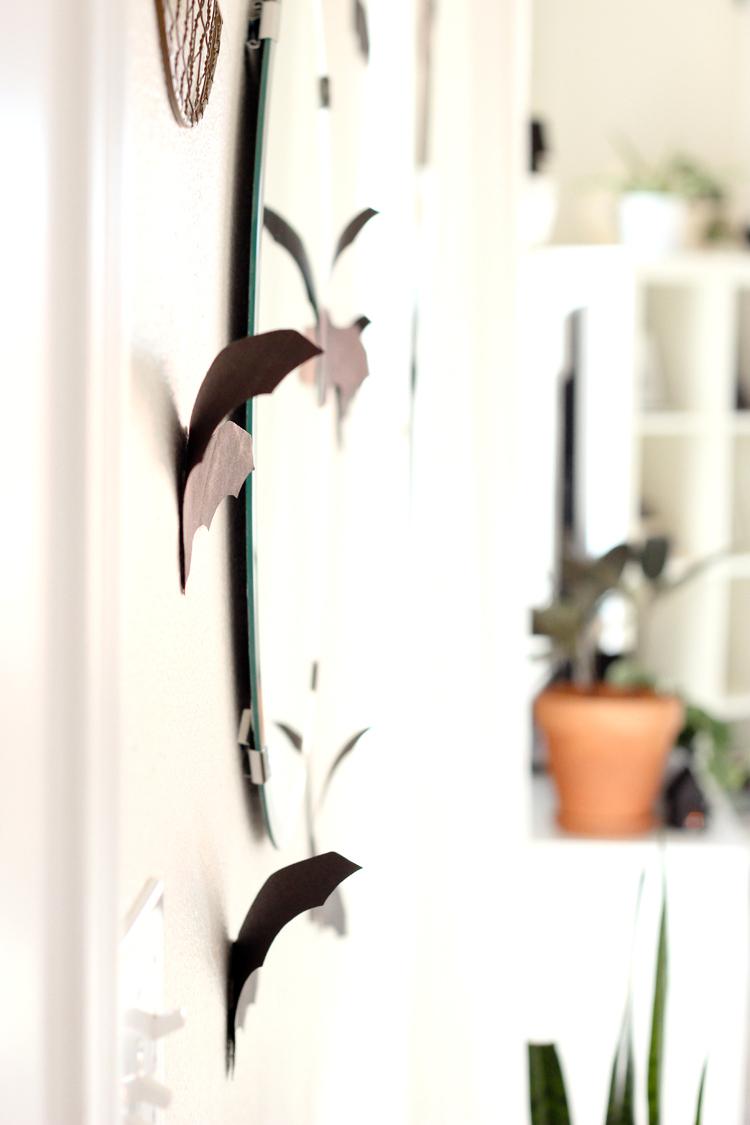 DIY Paper Halloween Houses and paper decor// www.deliacreates.com