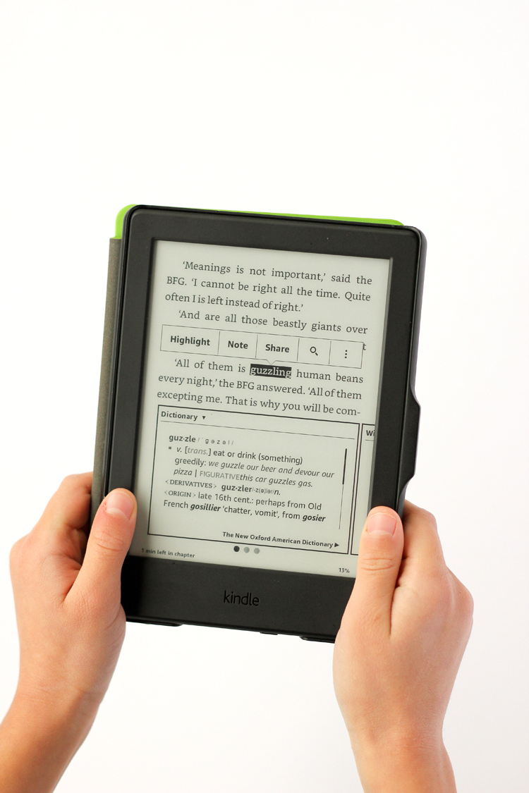 Four Things to know about buying a Kindle or tablet for kids! // www.deliacreates.com