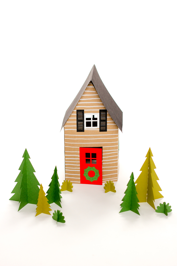 Paper Holiday Houses - free templates! // www.deliacreates.com