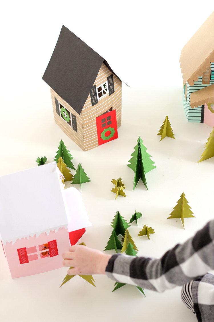 Paper Holiday Houses - free templates! // www.deliacreates.com1