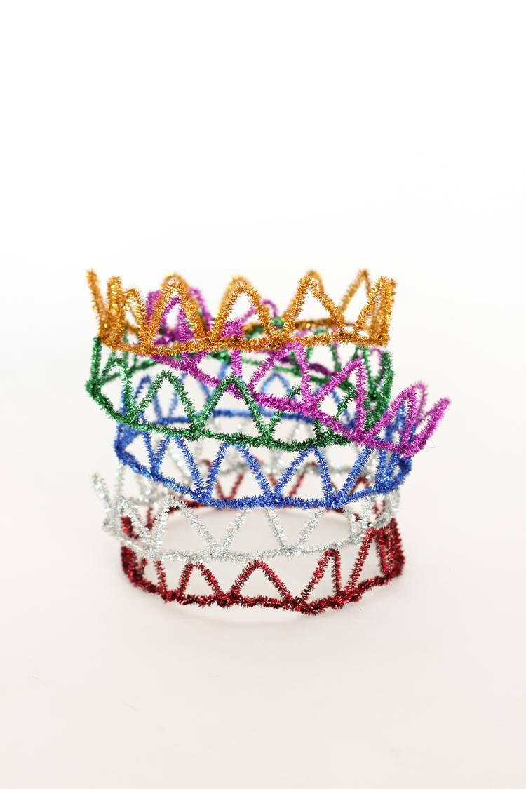 Rainbow Birthday Party // www.deliacreates.com