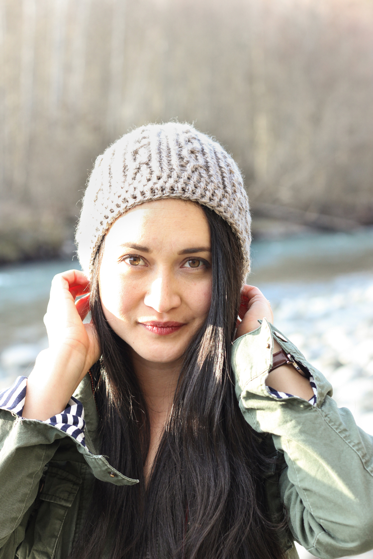 Skip Twist Cabled Beanie - FREE Crochet Pattern // www.deliacreates.com