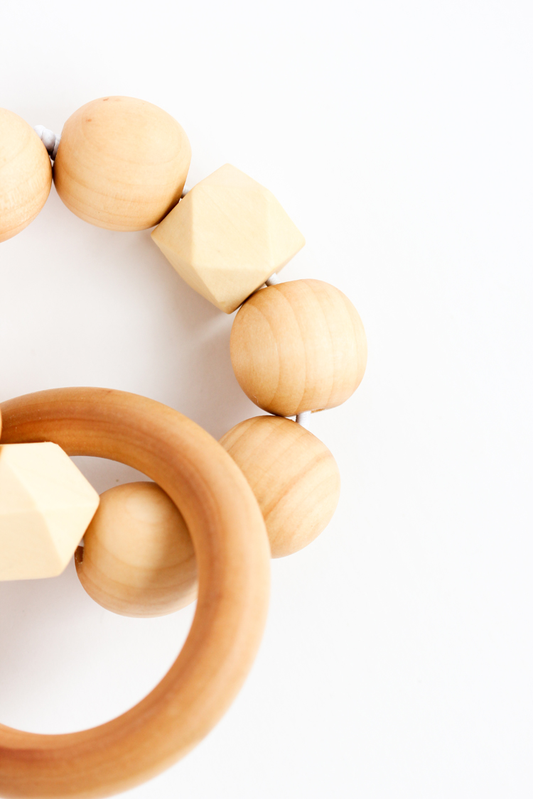 Wood Bead Teether DIY // www.deliacreates.com