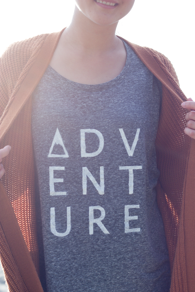 DIY Adventure Shirts (free cut files) // www.deliacreates.com
