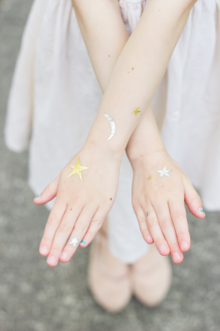 Metallic Temporary Tattoos (+ free cut file) // www.deliacreates.com