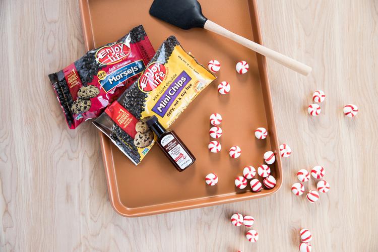 3 Ingredient, Dairy Free Peppermint Chocolate Bark // www.deliacreates.com
