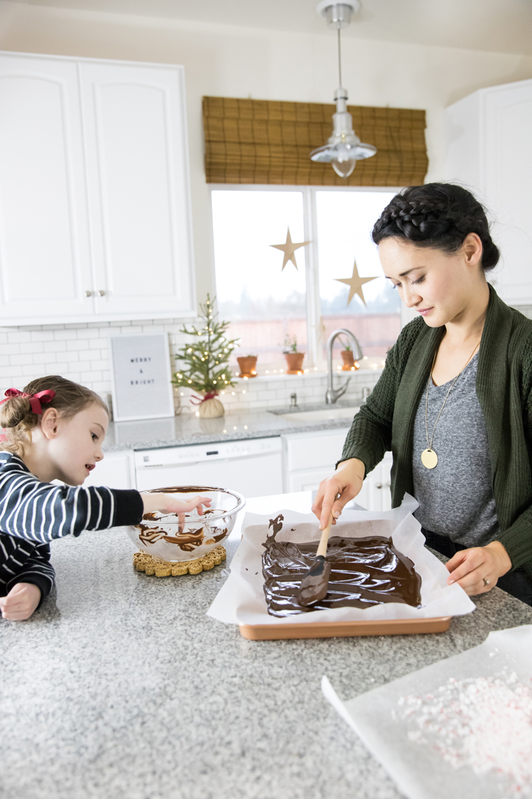 Dairy Free Peppermint Chocolate Bark + Win Her Wish List Giveaway with Signature by Levi Strauss // www.deliacreates.com