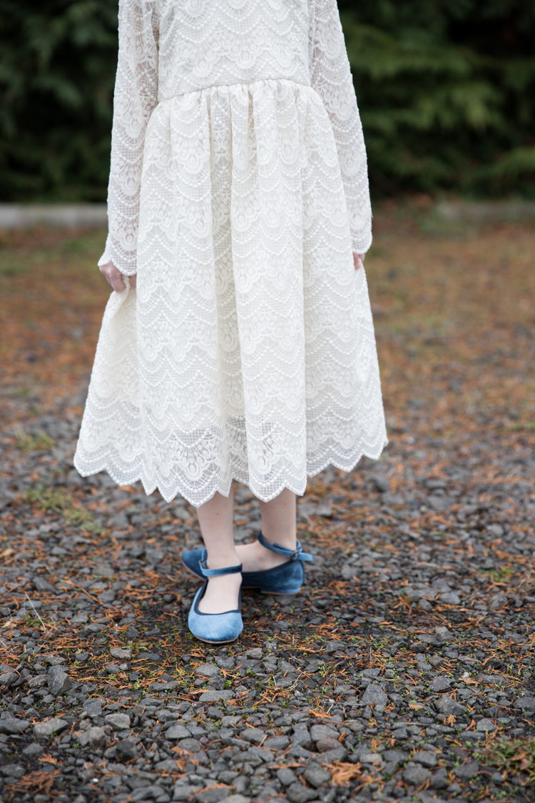 Lace Geranium Holiday Dress // www.deliacreates.com