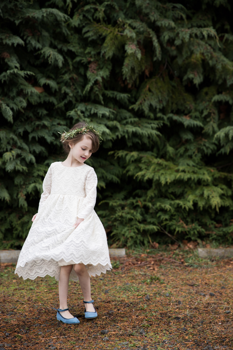 Lace Geranium Holiday Dress // www.deliacreates.com