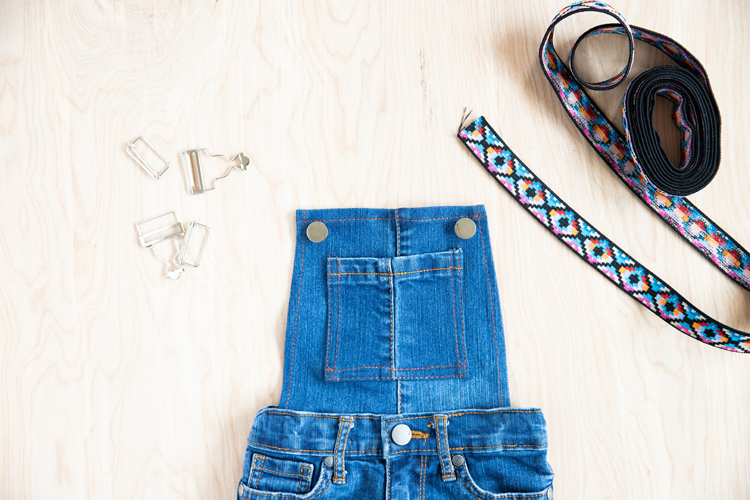 Easy Overalls Tutorial with Elastic Straps and Buckles // www.deliacreates.com // how to install button shanks and overall buckle hardware