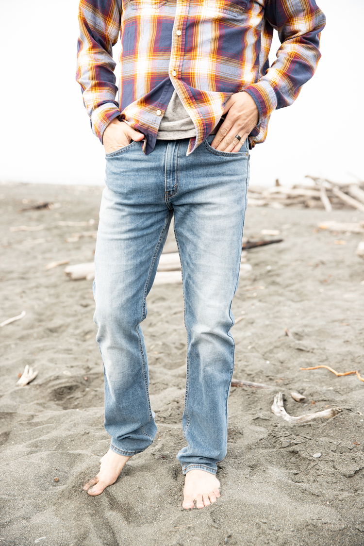 Breaking in our Back to School Jeans at the Beach // www.deliacreates.com