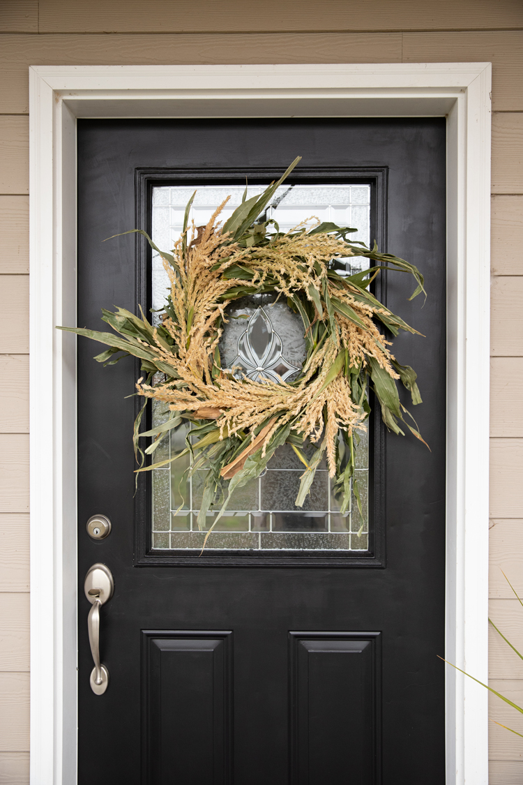 Fresh Cornstalk Fall Wreath DIY // www.deliacreates.com // Make this wreath from fresh cornstalks and a grapevine wreath.